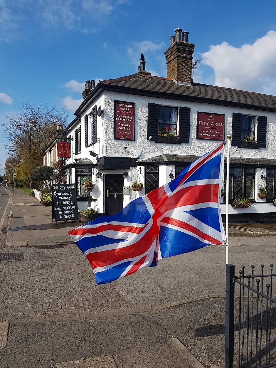 Lange ersehnte Öffnung: Am Montag dürfen die Pubs wieder ausschenken.