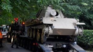 Pensionär hat Panzer im Keller