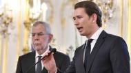 Präsident Van der Bellen (links) und Regierungschef Kurz am Samstag in Wien