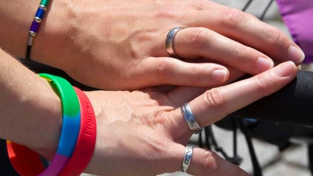 Diskussion um Homo-Ehe