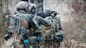 Streit um Werbung der Bundeswehr