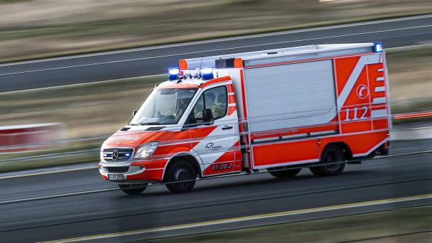 Geburtstagsparty aufgelöst - Sieben Menschen bei Brand verletzt