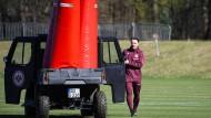 Am Montag waren Pylone ein Hindernis - am Sonntag können es für Kovac und die Eintracht die Gladbacher sein.