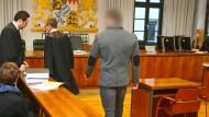 Yannick E. ist des versuchten Mordes angeklagt.