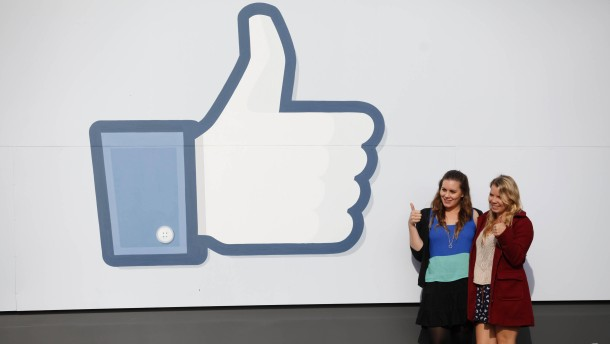 Facebook seeks to raise $5 bn in IPO