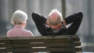 Mehr als jede zweite Rente liegt unter 900 Euro