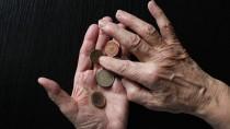 Wenig Rente: Ältere Menschen tappen immer öfter in die Schuldenfalle.