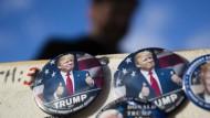 Seit Tagen wird der Inaugurations-Marathon am Freitag akribisch vorbereitet – inklusive Abertausender Trump-Buttons zum Anstecken
