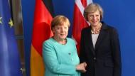 Merkel will Hängepartie bei Brexit vermeiden