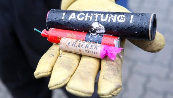 Polizei findet hunderte illegale Silvesterböller