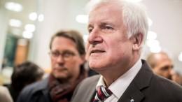Seehofers Scherbenhaufen und die offene Zukunft der CSU