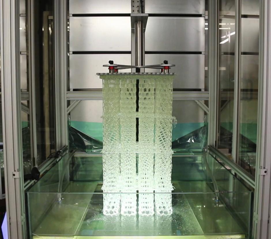 Der Drucker erlaubt die Herstellung großer, zusammenhängender Strukturen genauso wie die mehrerer kleiner gleichzeitig.