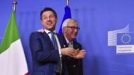 Gelöste Stimmung in Brüssel: Conte und Juncker haben sich geeinigt.