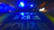 Feuerwehr und Polizei waren im Großeinsatz (Symbolbild).