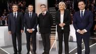 Macron und Le Pen liefern sich hartes Duell