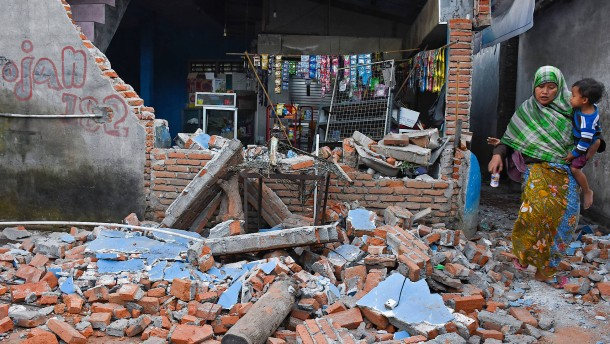 Erdbeben treffen Indonesien hart