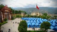Soforthilfe: Vom Beben in der Provinz Yunnan Betroffene fanden in Zelten Unterschlupf.