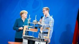 Merkel ermutigt junge Forscher
