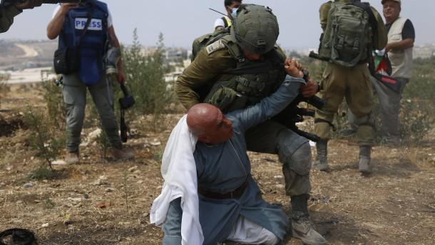 Israel lässt palästinensische Beduinensiedlung abreißen