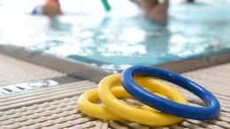 Sechs Jahre alter Junge stirbt bei Schwimmkurs