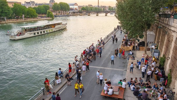 Drei Frauen kämpfen um Paris