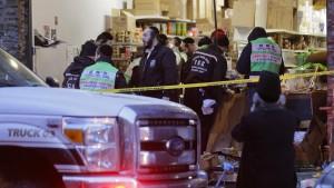 Bürgermeister geht von gezieltem Angriff auf jüdischen Laden aus