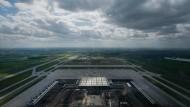 Ein Luftbild der Flughafens Berlin-Brandenburg