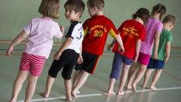 Vier von fünf Jugendlichen weltweit bewegen sich zu wenig