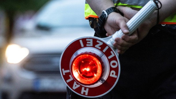 Autofahrer wird nach wilder Verfolgungsjagd vernommen