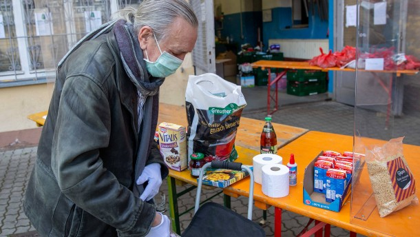 Armut im Land sinkt – Angst vor Armut steigt