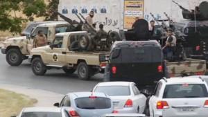 Blutiger Machtkampf erfasst Tripolis