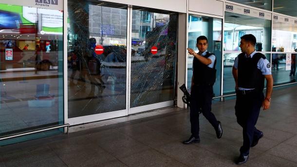 Türkische Regierung vermutet IS-Miliz hinter Anschlag