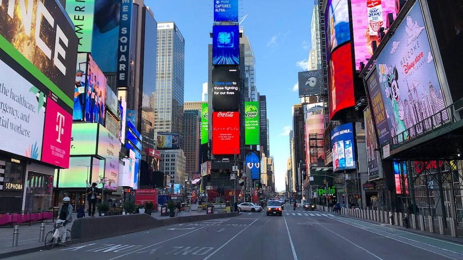 New Yorks beliebtester Ort, der Times Square, als Geisterkulisse