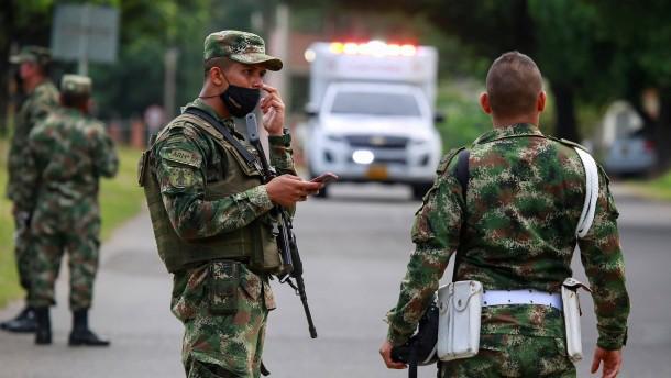 Verletzte nach Anschlag auf kolumbianische Militärbasis