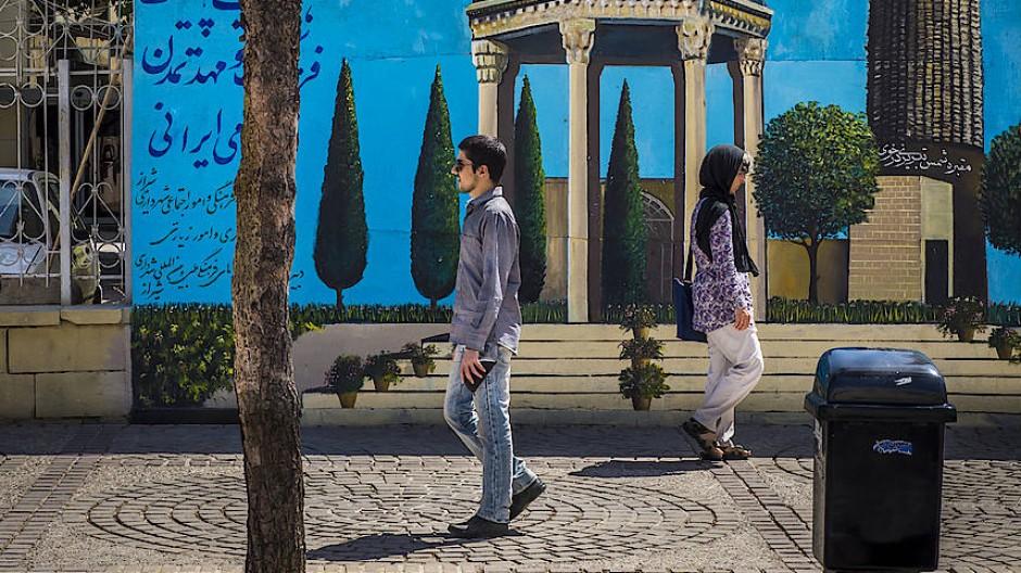 Gerade die Jugend in Iran geht ihre eigenen Wege.