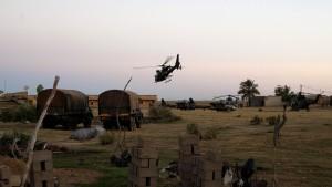 Nachts kommen die Hubschrauber