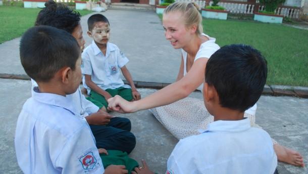 Lar-Lar hilft in Burma