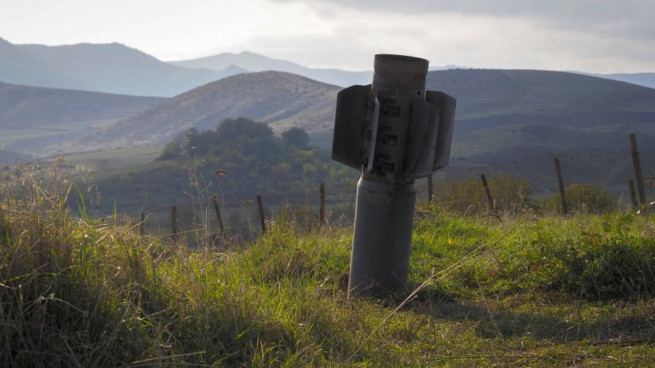 Berg Karabach Parteien Einigen Sich Auf Humanitare Waffenruhe