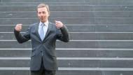 Aus der Schmuddelecke ins Parlament: AfD-Vorsitzender Bernd Lucke