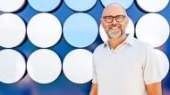 Wassermann:               Markus Hankammer kam zwar nicht wider Willen, aber doch auf Umwegen ins väterliche Unternehmen.
