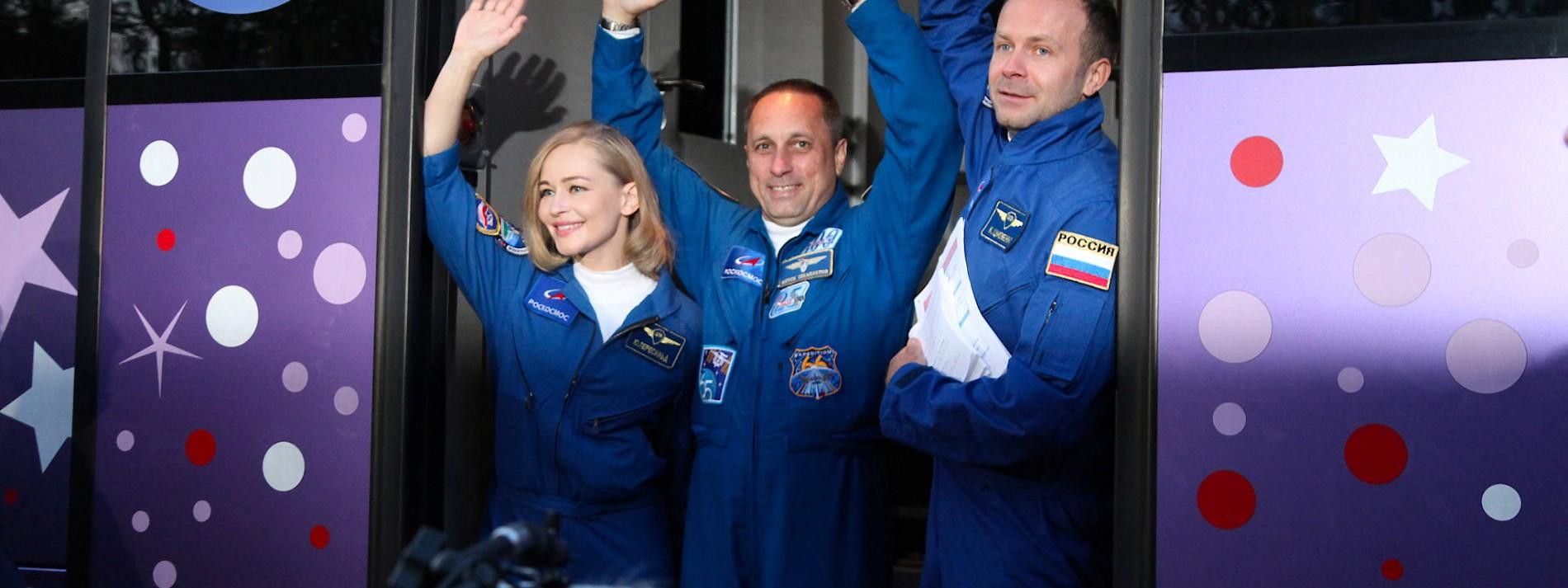 Filmteam startet zur ISS