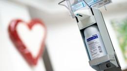 Fast 70 Infizierte in Frankfurter Pflegeheim
