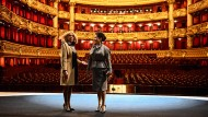 Brigitte Macron und Peng Liyuan in der Opéra Garnier