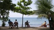 Ein Strand in Kuta, auf der indonesischen Insel Bali. (Archivbild)