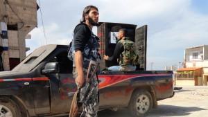 Nationalrat will sich an Spitze der bewaffneten Opposition setzen