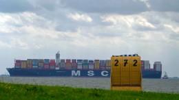 Rekord-Frachtschiff auf der Nordsee
