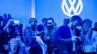 Trotz Abgasaffäre ist die VW-Aktie gefragt