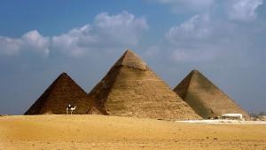 Aufregung wegen Nacktfoto mit Cheopspyramide