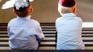 Gemobbt, weil sie Juden sind