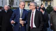 Im Austausch: Börsenchef Carsten Kengeter (links) und Hessens Wirtschaftsminister Tarek Al-Wazir von den Grünen.